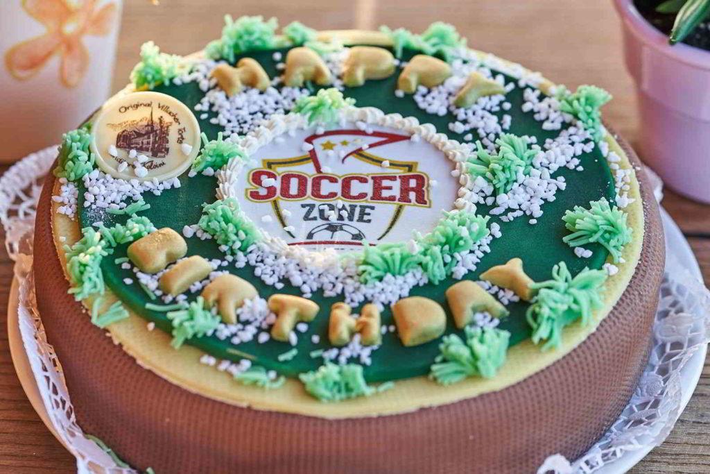 Die offizielle Soccerzone Kärnten Kindergeburtstagstorte